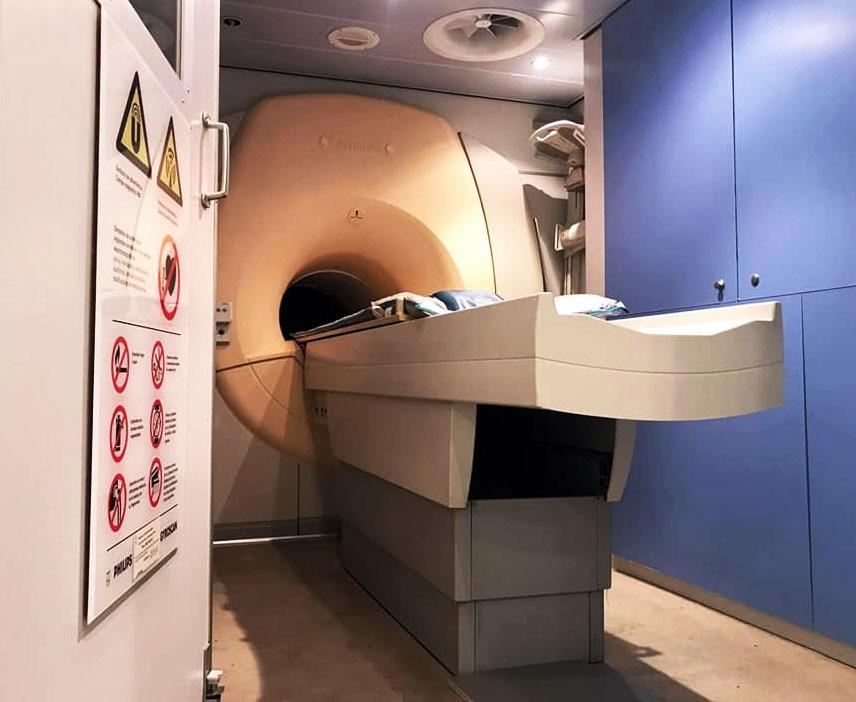 В Ірпінській поліклініці з'явився новий апарат МРТ